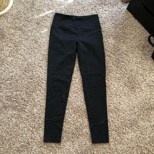 Victoria secret high rise legging, size M